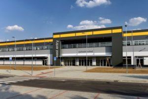 Amazon dokončil každoroční revizi mezd v České republice a pokračuje v náboru