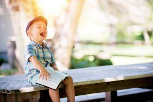 Oblečení a vybavení, které skutečně oceníte i vy jako rodiče
